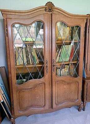 Vintage Solid Wood Oak Carved Bookcase With Glass Door • 235£