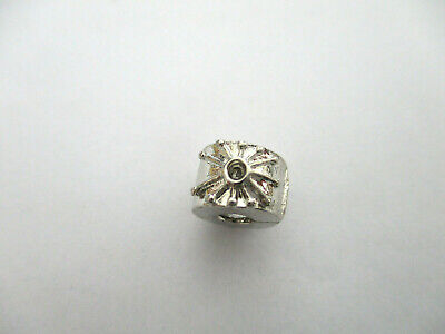 £2.99 • Buy Silver Flower Daisy Clip Stopper Charm Bead For Bracelet Or Necklace