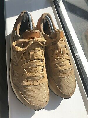 Trainers Size 6 Saucony Beige/Gold • 23.99£