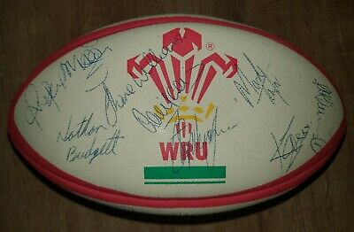 Wales Rugby Union Early 2000s Signed Ball • 30£
