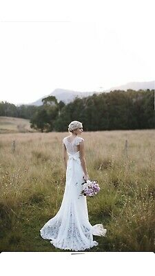 AU850 • Buy Anna Campbell Wedding Dress Ivory Small Lace Isabelle
