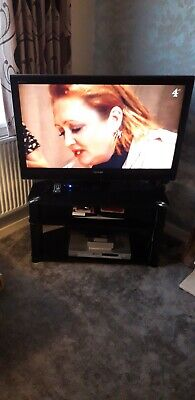 Toshiba Regza 42  LCD Tv With Stand • 90£
