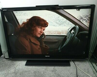 42  Toshiba Regza LCD TV (42Xv553D) With Stand, Remote, And Power Lead • 120£