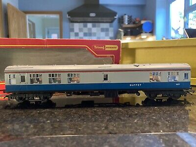 Hornby OO Gauge BR Mk 1 Buffet Car Coach. Running Number 1825. BR Blue/Grey • 1.50£