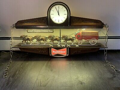 $ CDN533.35 • Buy Vintage Budweiser Illuminated Bar Clock - World Champion Clydesdale Team