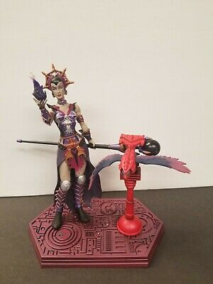 $57 • Buy Evil-Lyn Masters Of The Universe Series 5 Action Figure NECA Screech
