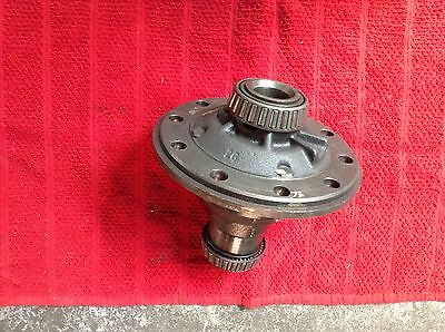 AU195 • Buy  Reconditioned Ford 9 Inch Diff Centre Single Spinner Hemisphere 28 Splines..