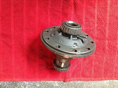 AU265 • Buy  Reconditioned Ford 9 Inch Diff Centre Single Spinner Hemisphere 28 Splines..