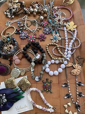 $ CDN44 • Buy VINTAGE TO NOW COSTUME JEWELRY LOT 2 LBS ESTATE CRAFT WEAR SOME SIGNED Lot 9
