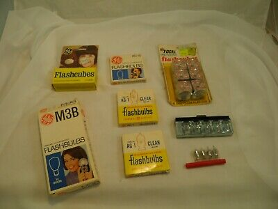 Lot Of Flash Cubes, Flash Bar, Flashbulbs Vintage Old Camera Movie Accessories  • 27.86£