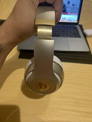 Beats By Dr. Dre - Studio 2.0 Wireless Over-Ear Headphones - Champagne Gold • 51.99£