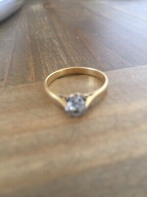 18ct Gold Diamond Solitaire Ring 2.3g. Stamped • 180£