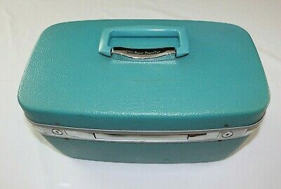 View Details Vintage Samsonite Royal Traveller Baby Blue Train Case Suitcase Luggage • 75.00$