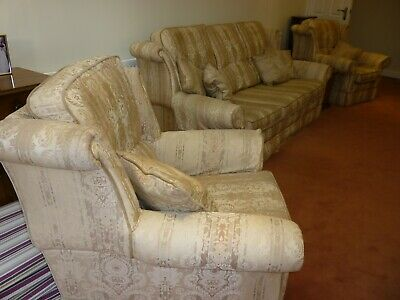 3 Piece Suite From Wade Upholstery • 50£