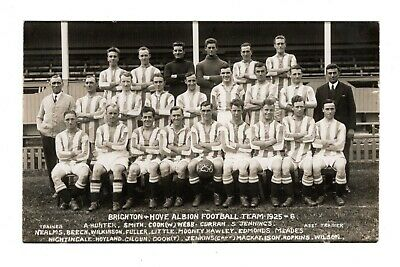 Brighton & Hove Albion Fc 1925-26 Football Team Rp Postcard Camera Exchange • 9.99£