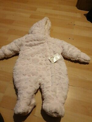 Baby Girls Pramsuit / All In One Coat 0-3 Months • 1.60£