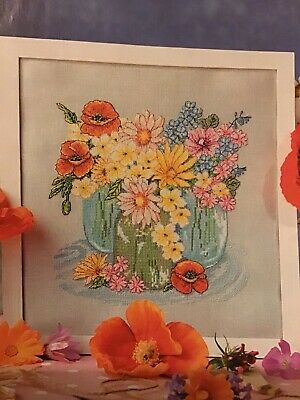 (J) Country Garden Vase Of Flowers Cross Stitch Chart • 1.99£