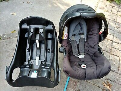 Graco Travel System With Car Seat & Base • 6.90£
