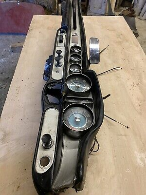 Volvo P1800s Dash Complete With All Clocks Etc • 426£