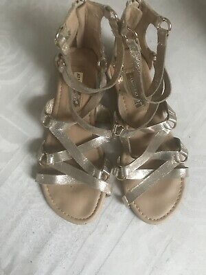 Ladies Size 5 Gold Gladiator Sandals With Back Zip • 3£