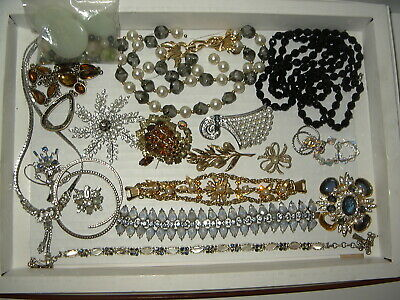 $ CDN79.99 • Buy 20 Pc. Vintage Rhinestone Jewelry Lot For Repair Or Parts - Many Designer Signed