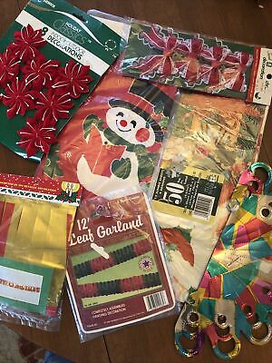 $ CDN15.79 • Buy Vintage Christmas Paper Foil Decorations Lot 7 Garland Gift Paper NOS Bows Table