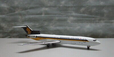 AU78.65 • Buy Singapore Airlines Old Color B727-212/Adv 1:400 9V-SGH Die-cast Airplane Model