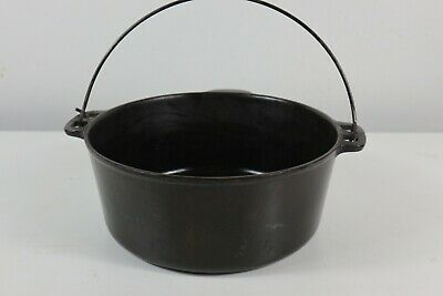 $ CDN38.05 • Buy Vintage UNMARKED 5 QT CAST IRON DUTCH OVEN.  SEASONED