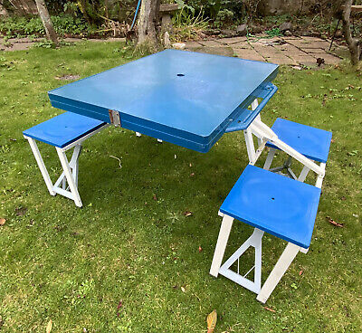 Portable Folding Camping Caravan Picnic Table And Chairs Dining Outdoor BBQ  • 39.99£