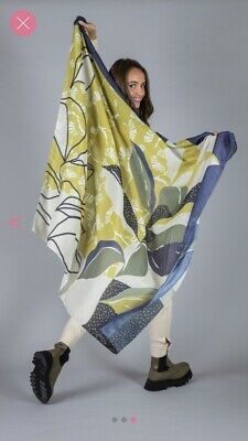 Ladies Scarfs New With Tags Captain Tortue  • 10£