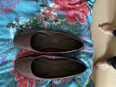 Ladies Patent Wedge Shoes -Burgundy- Evans - Size 5 - Wide Fit • 7.50£