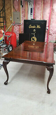 $2500 • Buy Dining Room Set Thomasville Flame Mahogany Chippendale Ball And Claw & Hutch