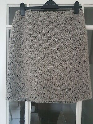 Useful Grey Knee Length Skirt - M&S. Size 12 - Excellent Condition • 4£