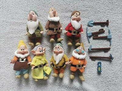 Disney Snow White And The Seven Dwarfs, Seven Dwarfs Bundle (7 Characters) • 16£