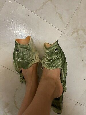 $ CDN25.16 • Buy Men Size 8-9 Funny Large Mouth Bass Fish Shaped Soft Slippers Flip Flops Green