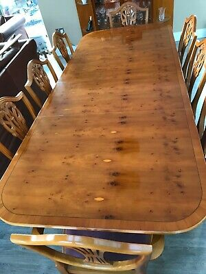 YEW Wood Dining Table And 8 Prince Of Wales Chairs (2 Carver) • 400£