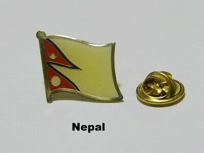 Pin Spilla Flag Bandiera Nepal • 2.57£