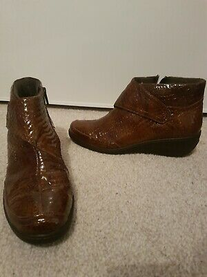 Womens Size 6 Pavers Brown Ankle Boots With Snakeskin Design  • 15£