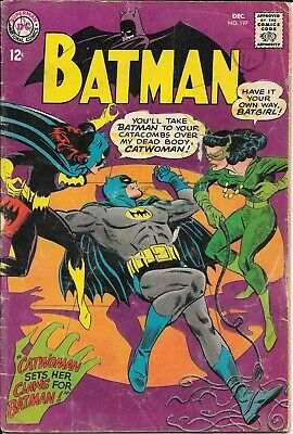 DC Batman Comic No 197 C.1966 (Catwoman And Batgirl) • 3.50£