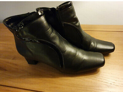 Pavers Ladies Ankle Boots Black Leather UK Size 5 With Rubber Heels. • 0.99£