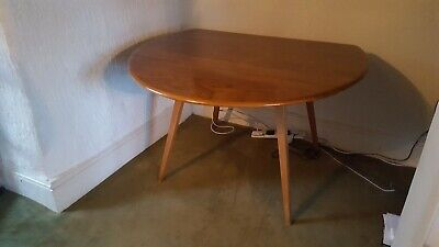 Vintage 1960s Round Drop Leaf Ercol Dining Table • 100£