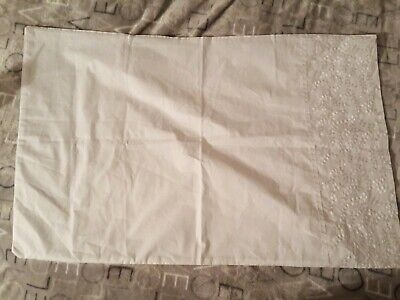 £8 • Buy JEFF BANKS POUR LA MAISON HOUSEWIFE PILLOWCASE Brand New Out Of Pack.