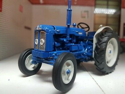 £48 • Buy 1:32 Scale Fordson Super Major New Performance 1963 Tractor Model Replica Boxed