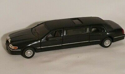 Diecast Pull Back Kinsmart 1999 Lincoln Town Car Stretch Limousine 1:38 • 3.99£