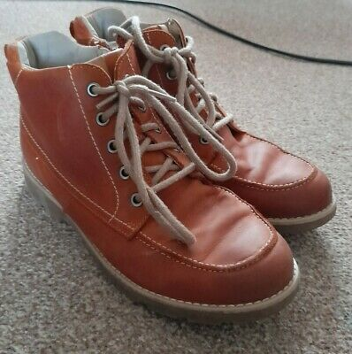 Clarks Tan Ankle Boots Laced, With Side Zip Size 4 • 4.10£