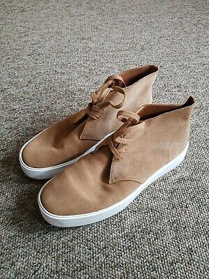 Clarks Hero Dbt Suede Tan Boots Size 6 • 5£