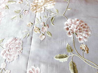 Colefax & Fowler Embroidered Silk Floral Fabric Sample/Remnant, 45 X 43cm • 8.50£