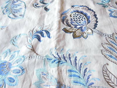 Embroidered Floral Fabric Sample/Remnant, 65 X 65cm • 8.50£