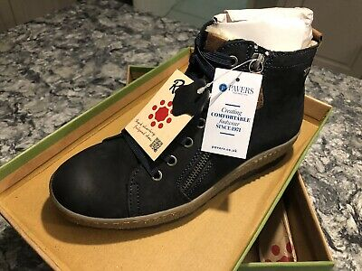 Pavers, Navy Suede Leather, Fur Lined Ladies Ankle Boots, Size 5 • 30£