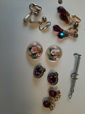 Small Job Lot Of Vintage Clip On Earrings X 5 Pairs Plus A Horseshoe Bar Brooch • 3.25£